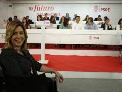"""Susana Díaz afea el """"postureo y la farsa"""" de los últimos meses"""
