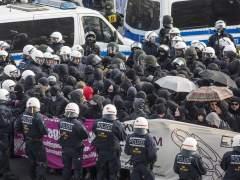Unos 400 detenidos en las protestas frente al congreso del partido xenófobo alemán