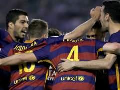 El Barça vence a un Betis con diez durante 55 minutos
