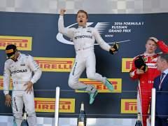 Milagroso sexto puesto de Alonso en Sochi, donde ganó Rosberg