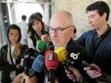 El Síndic de Greuges, Rafael Ribó, en una atención a los medios