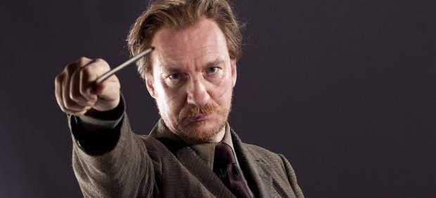 J.K. Rowling se disculpa por 'matar' a Remus Lupin