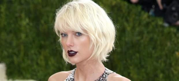 Taylor Swift es la cantante que más dinero ganó en Estados Unidos en 2015