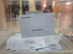 El PP volvería a ganar las elecciones y Podemos sería segunda si confluye con IU