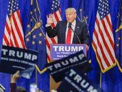 Trump vincula al padre de Cruz con el asesino de Kennedy el día de la votación clave en Indiana