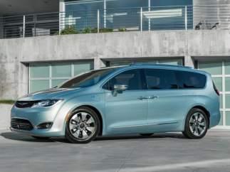 Google y Fiat se unen para crear minivans sin conductor