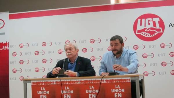 El secretario general de UGT Asturias, Justo Rodríguez Braga, y Abel González,