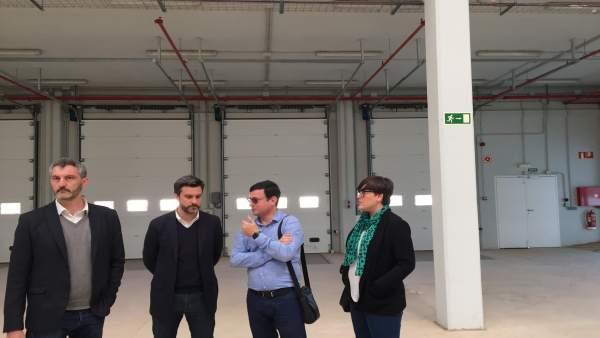 Los diputados del PSOE en su visita a instalaciones aeropuerto Corvera