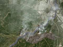 El tiempo complica la extinción del fuego en Alberta y se ha evacuado a 88.000 personas