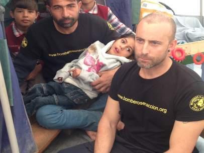 Osman, niño refugiado afgano con parálisis cerebral, llegará a España