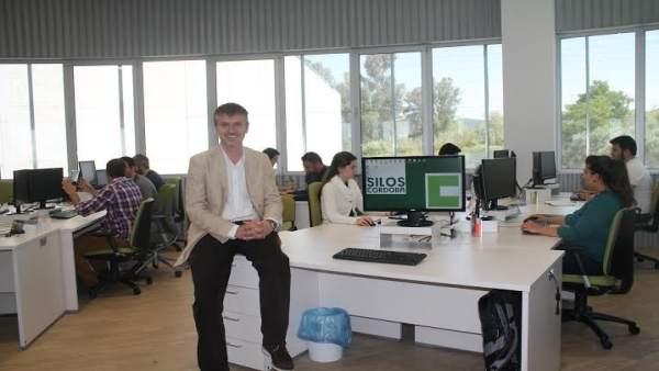 Cabrera en las oficinas de Silos Córdoba
