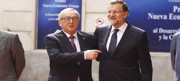 Bruselas debate si sanciona a España por su déficit… y Rajoy abre la puerta a bajar impuestos