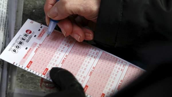 Boleto de la lotería Powerball en Estados Unidos