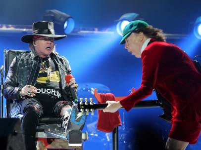 Axl Rose y Angus Young