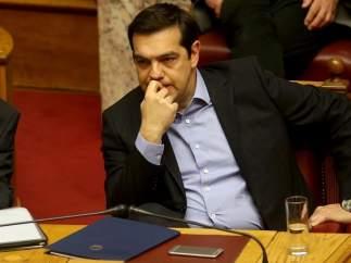 Grecia aprueba las reformas fiscal y de pensiones