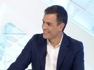 Pedro Sánchez es entrevistado en Canal Extremadura TV