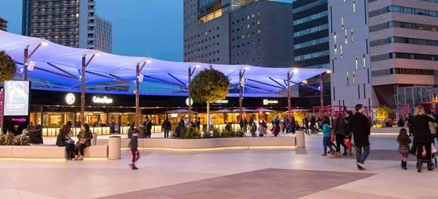 Terrazas del centro comercial Diagonal Mar de Barcelona