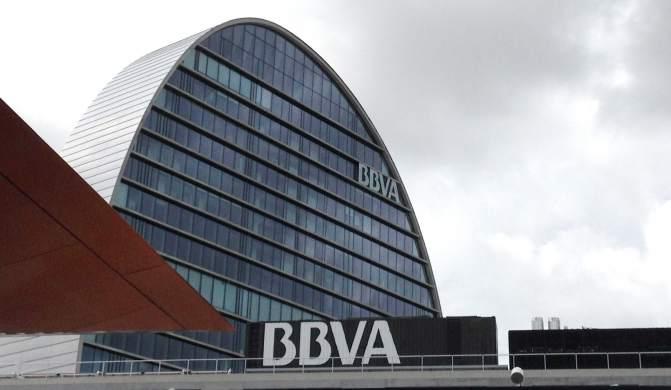 Bbva pide personarse como acusaci n particular contra for Pisos de bancos bbva