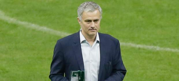 """Mourinho: """"En julio estaré entrenando, lo echo de menos"""""""