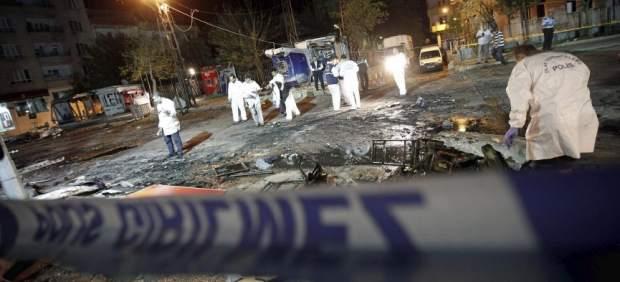 Siete personas resultan heridas por la explosión de un coche bomba en Estambul