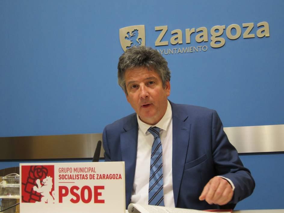 Tr vez psoe aplaude que la tarifa plana de impuestos for Tarifas piscinas municipales zaragoza