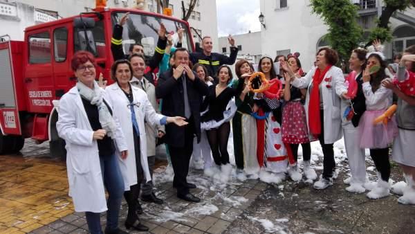 Lanzamiento de besos en los hospitales de Granada