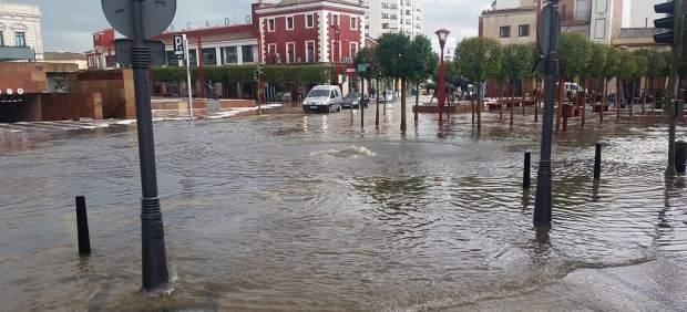 La lluvia recupera protagonismo y frena el ambiente veraniego de los últimos días