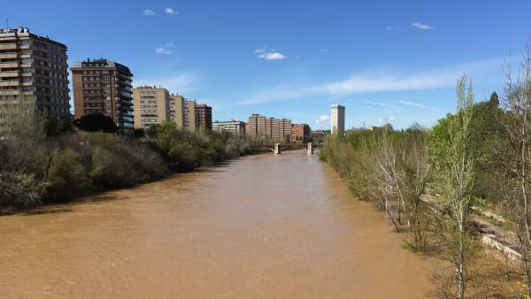 El río Pisuerga, este lunes a su paso por Valladolid