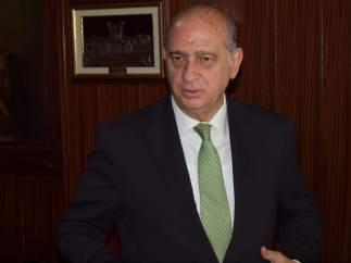 El ministro Jorge Fernández Díaz
