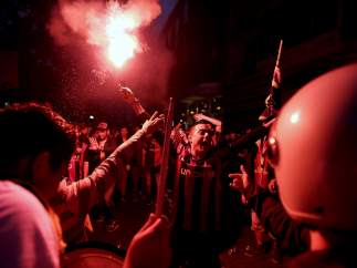 Fiesta en Canaletas