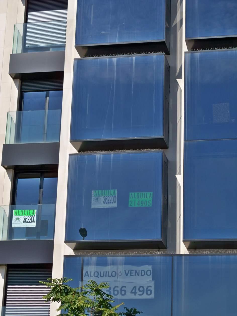 el precio del alquiler de vivienda cae un 0 3 en abril en