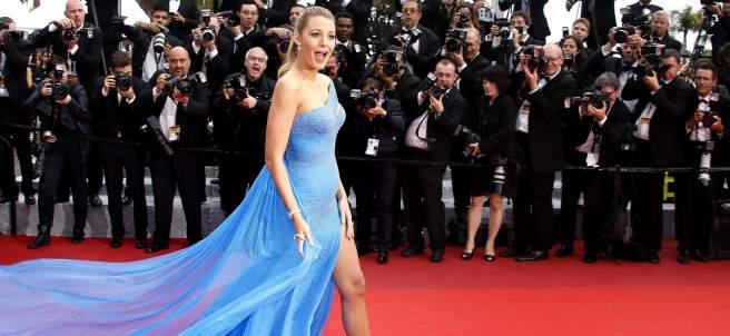 Blake Lively luce su segundo embarazo en Cannes