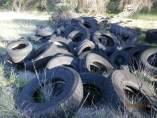 Cementerio de neumáticos en Cuenca