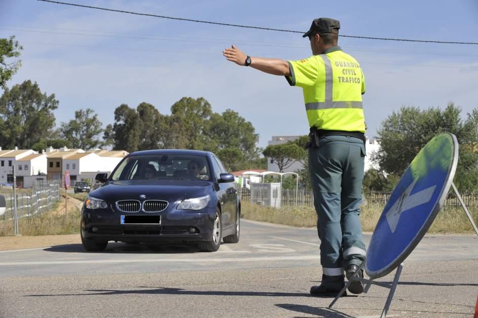 La guardia civil control veh culos en cyl entre - Guardia civil trafico zaragoza ...