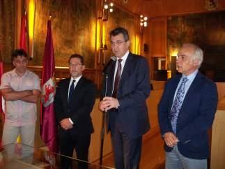 Reunión del presidente de la Diputación con consejero de Educación de Asturias
