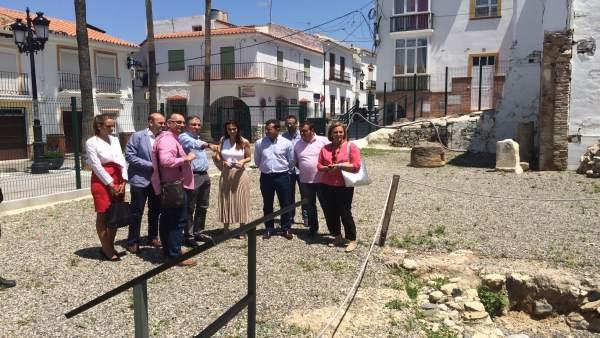 Elías Bendodo y diputada C's Teresa Pardo y alcalde Cártama Jorge Gallardo