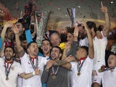 Sevilla levanta la Europa League