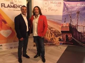El presidente de la Diputación de Huelva y Pepe 'El Marismeño'.