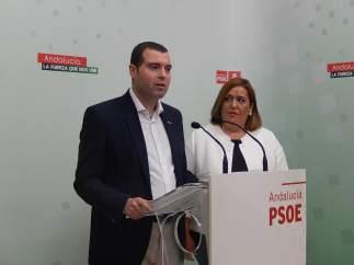 Mármol y Navajas en la sede del PSOE de Córdoba