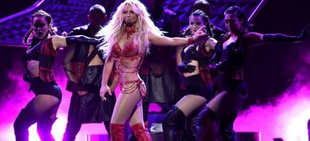 Madonna y Celine Dion ponen la emoción a unos Billboard con protagonismo de Britney Spears