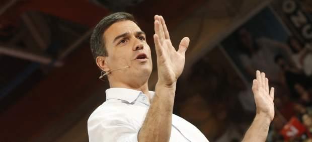 """El PSOE promete derogar de forma """"inmediata"""" la reforma laboral, pero no la LOMCE"""