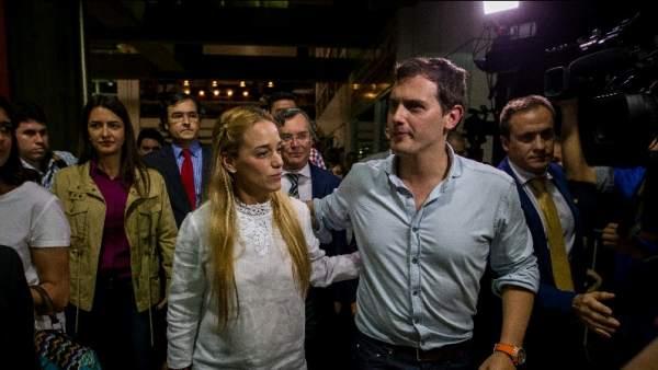 """Rivera llega a Venezuela a """"colaborar"""" con la democracia"""