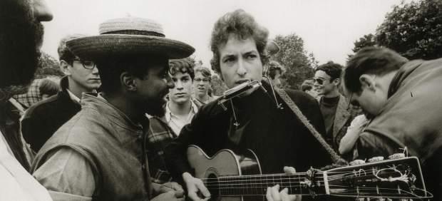 Bob Dylan cumple 75 años: el poeta que no ve el final