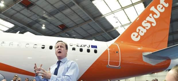 Cameron alerta de que el 'Brexit' encarecería las vacaciones de los británicos en España