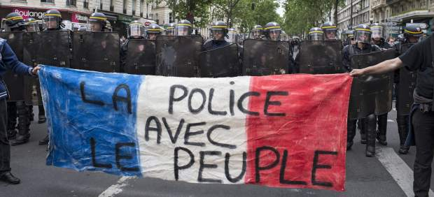 La movilización contra la reforma laboral en Francia provoca un bloqueo de suministros