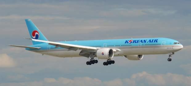 Un avión de Korean Air es evacuado tras incendiarse un motor al despegar