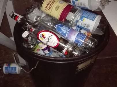 Imagen de botellas de alcohol de una de las fiestas