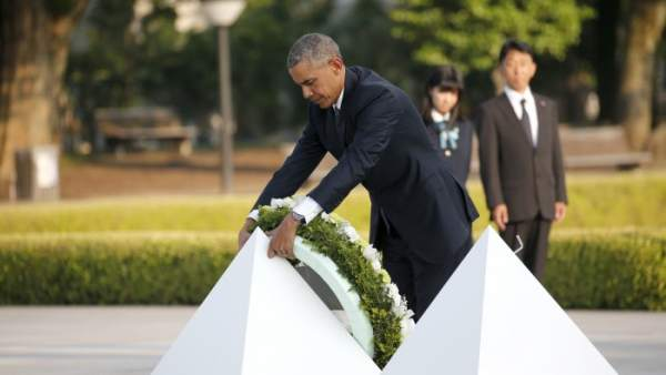 """Obama, en Hiroshima: """"Esa bomba cambió el mundo"""""""