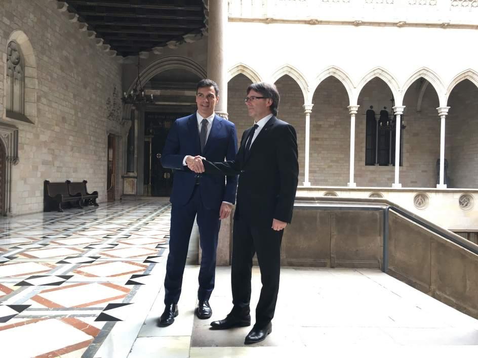 Pedro Sánchez dice que parece que es Puigdemont quien quiere activar el artículo 155