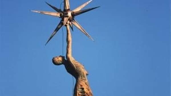 El Síndic pide a Tortosa retirar un monumento franquista